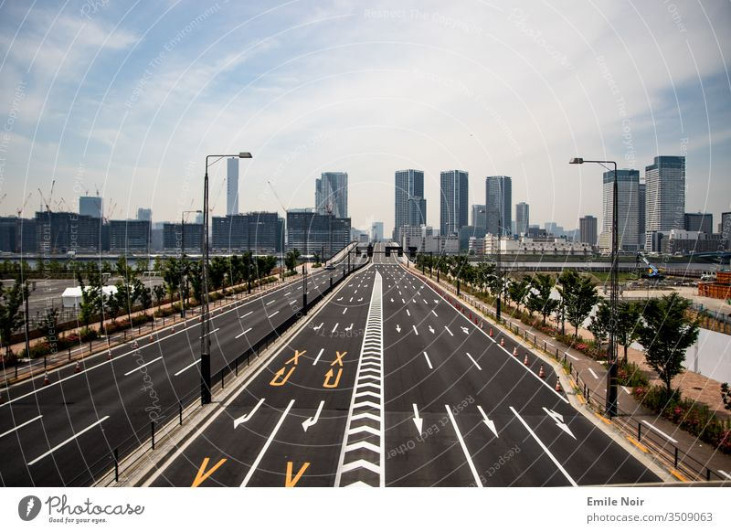 Tokyo Skyline with a difference clear lines Street New Fresh Car-free Japan Town Architecture