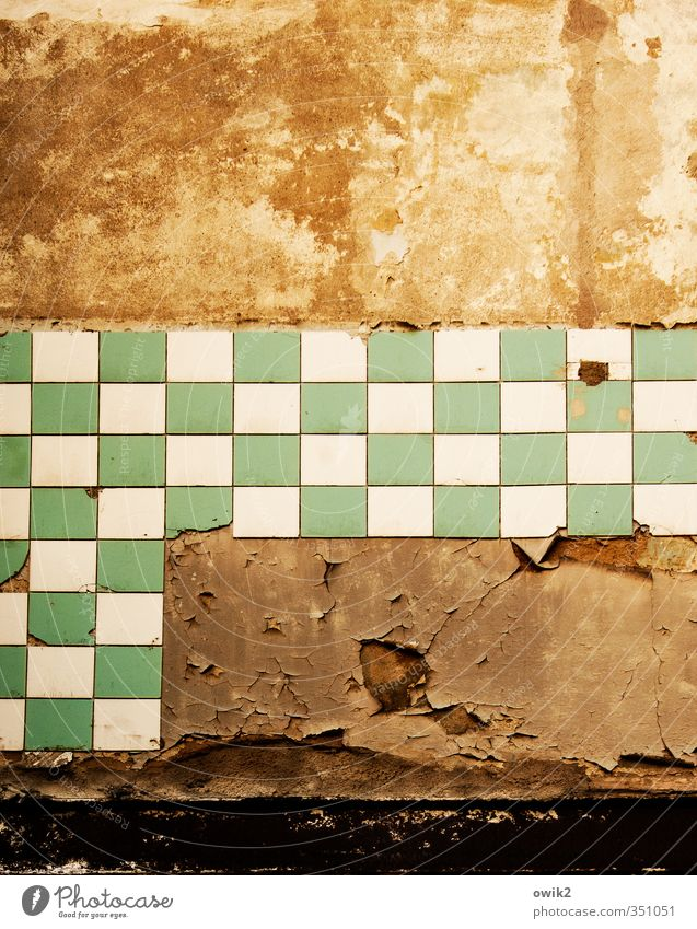 Deco 2 | Bathroom Wall (barrier) Wall (building) Old Sharp-edged Green Orange Decline Tile Broken Colour photo Abstract Deserted Day Contrast