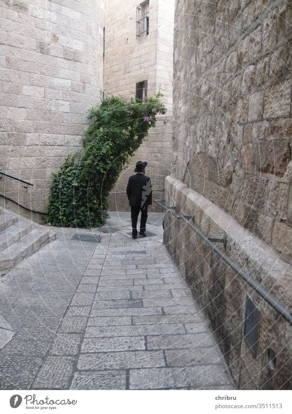 In the streets of Jerusalem West Jerusalem Old town black suit Exterior shot Israel Judaism Religion and faith Jewish Quarter