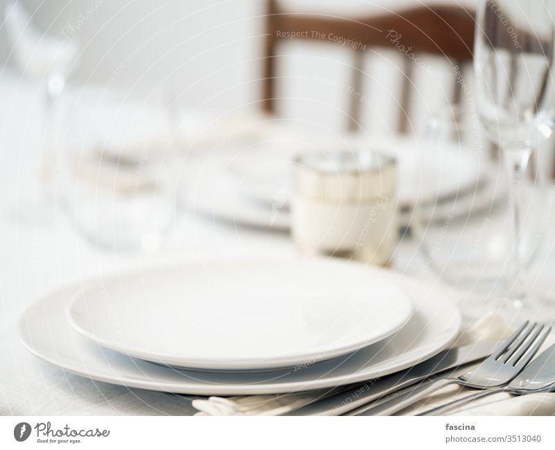 Beautiful table setting in white colors table settings romantic dinner set table beautiful mockup copy space empty plates two for two festive decor food napkin