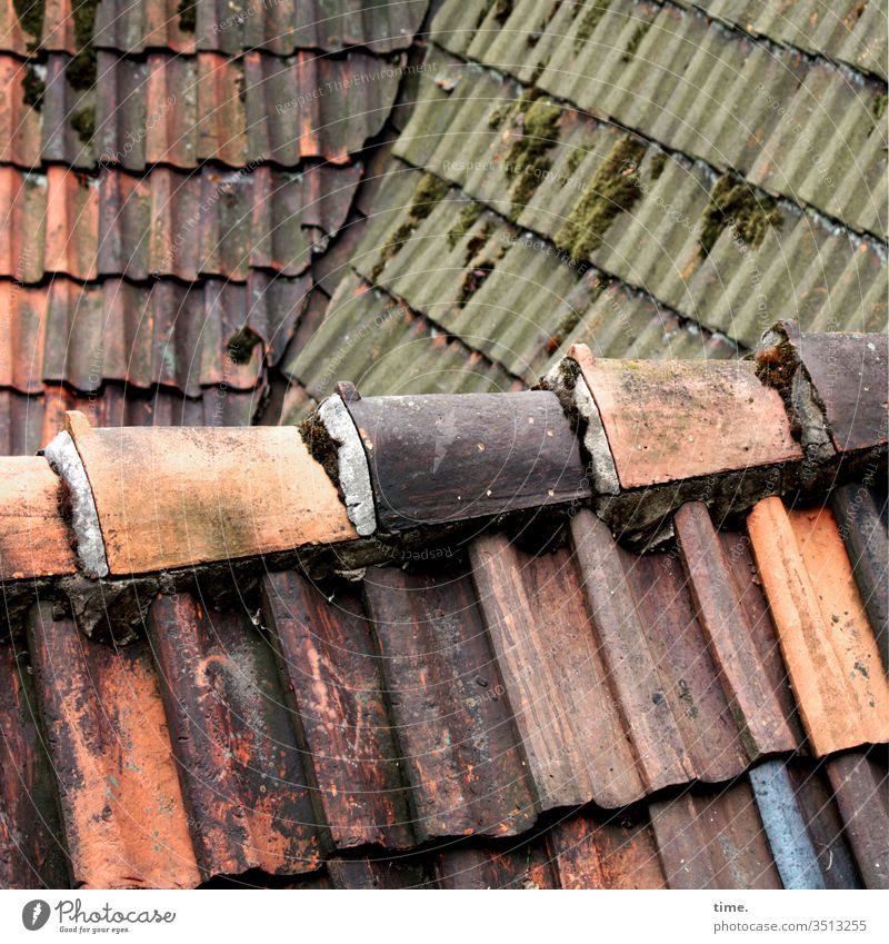 Tone over corner   triad out locked Protection Safety Border Roof built Red Old Trashy angles load experienced Inspiration Moss roof tiles Roofing tile