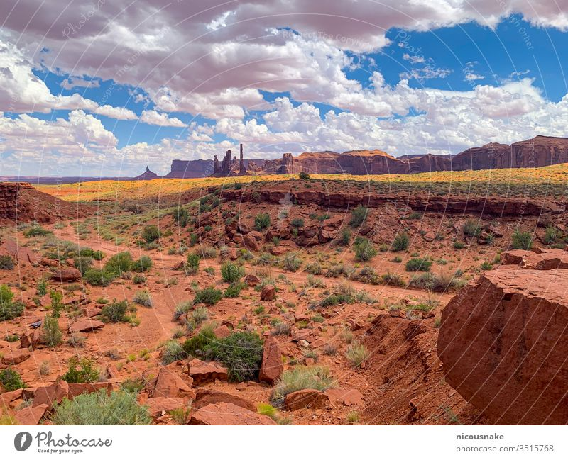 Monument Valley on the border between Arizona and Utah, USA monument valley usa utah arizona indian america american butte canyon cliff colorado desert famous