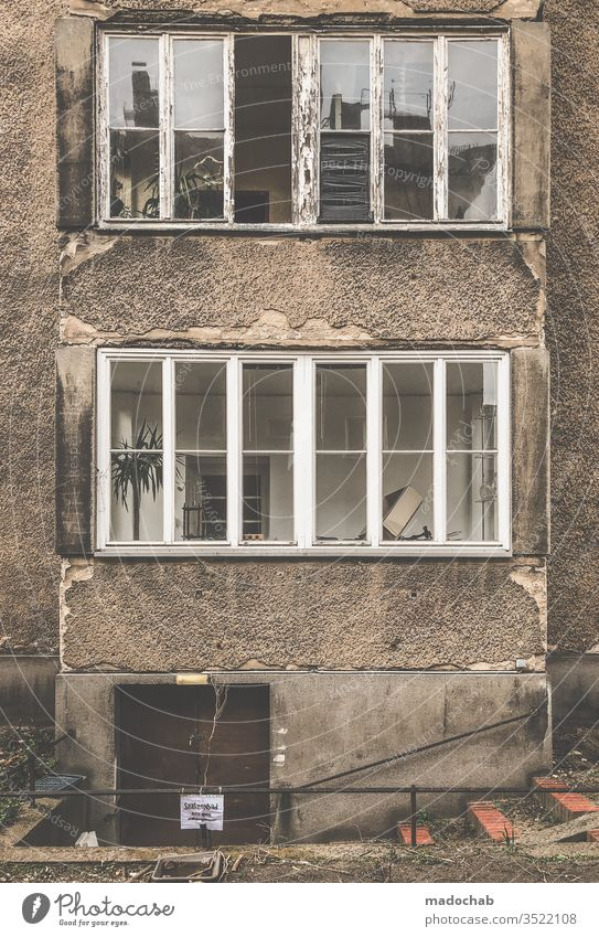 live better built Poverty Decline Trashy Deserted Broken Old Facade Subdued colour Destruction Transience Dirty Ruin Gloomy Window House (Residential Structure)