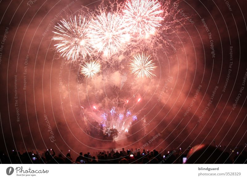 It'll be cancelled in 2020 because of Isnich! Traditional New Year's fireworks in 2020 only possible to a limited extent and the stupid virus is still fully under control.