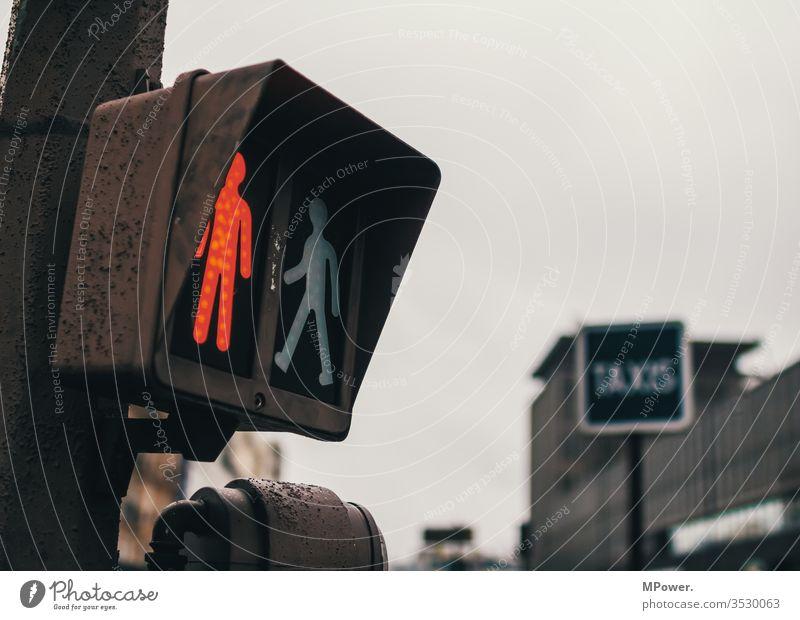 STOP Traffic light Red little man stop holds Pedestrian crossing Town urban Going Stand pedestrian haltparis