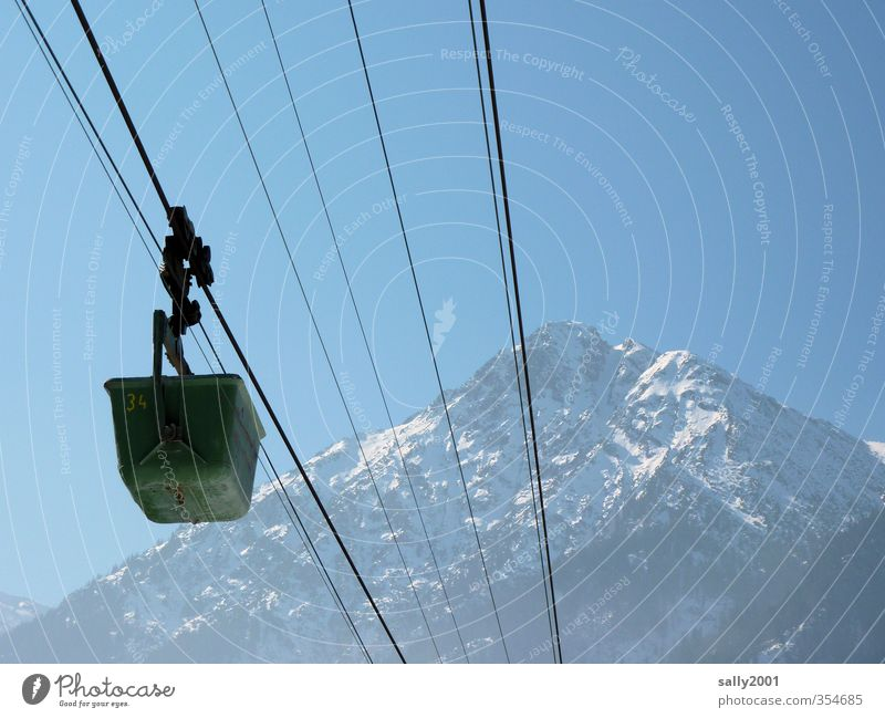 Building on the mountain Climbing Mountaineering Air Sky Beautiful weather Alps Peak Snowcapped peak Means of transport Logistics Cable car Movement Driving