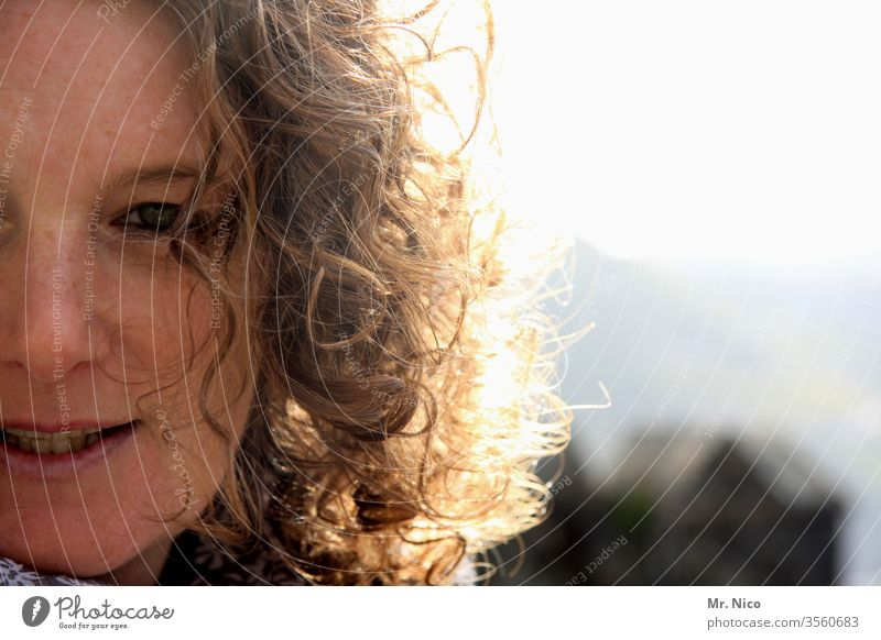 Golden Hair Feminine Face Warm-heartedness Half Detail of face natural Freckles Curl smile Contentment luck Optimism Sympathy Facial expression Skin Mouth Nose