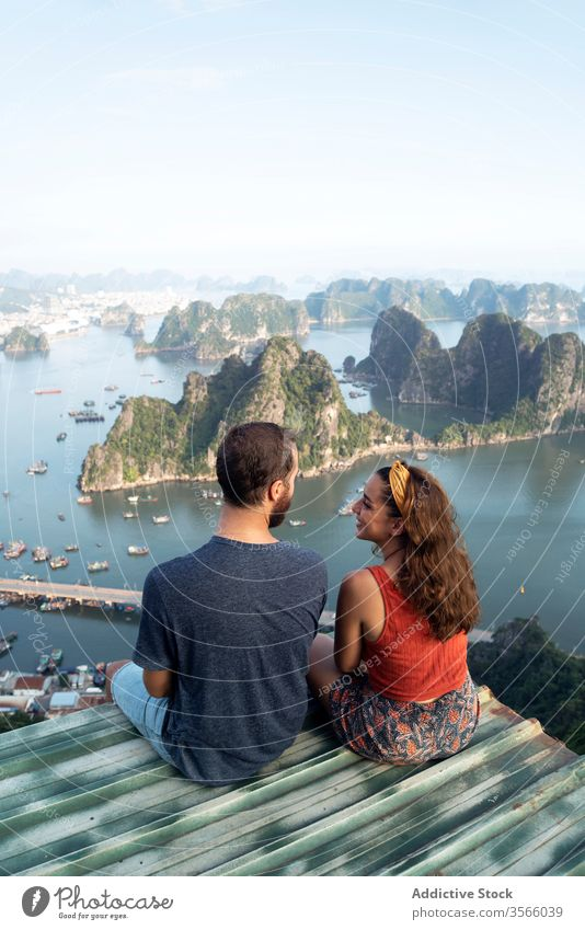 Traveling couple admiring breathtaking landscape of bay in summer admire viewpoint halong bay love travel observe tourist ha long bay vietnam asia enjoy holiday