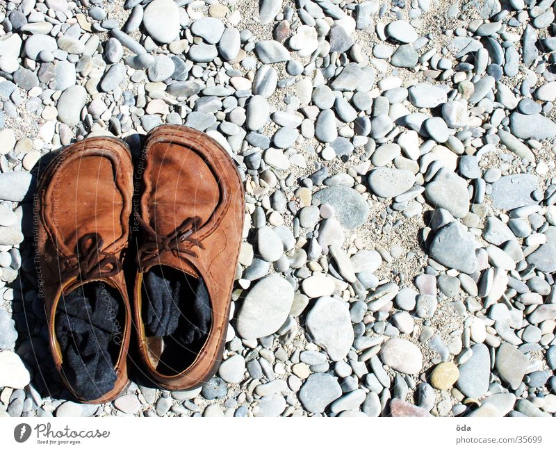 Shoes lower left Footwear Going Beach Stockings Brown Obscure Stone bottom left Côt d'Azur Gravel