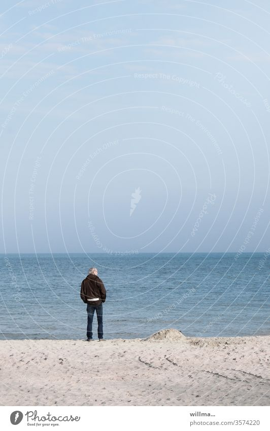 the old man and the sea Beach Coast Old man Ocean Baltic Sea Senior citizen silent To enjoy Man Stand bank Human being 60 years and older Male senior Authentic