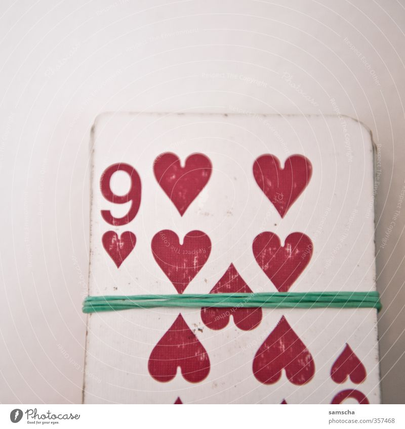 Red Love Playing Leisure and hobbies Success Heart Digits and numbers Sign Addiction Entertainment Lose Playing card Ornament 9 Casino Poker