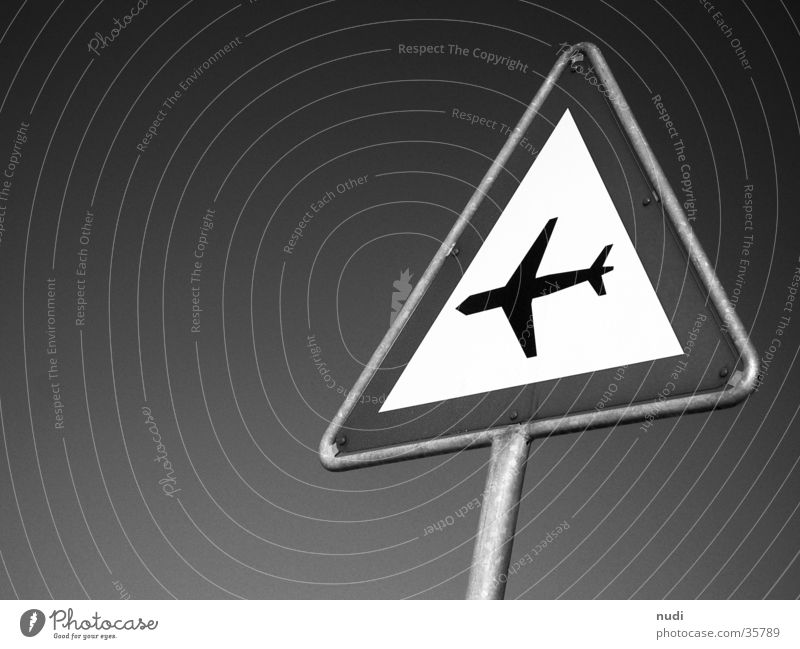 airworld #3 Airplane Symbols and metaphors Black White Worm's-eye view Photographic technology Sky Sign signet Respect
