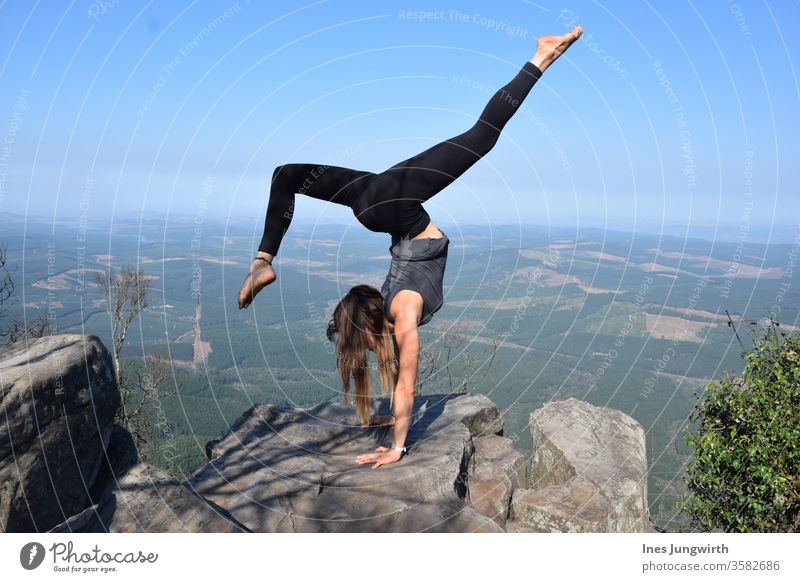Handstand on the high plateau South Africa High plateau Sky Blue Mountain Colour photo Vacation & Travel Nature Far-off places Exterior shot Landscape Tourism