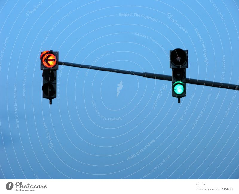 Bar lights! Traffic light Transport Speed Time Twilight Matrimony Green Things Sky Blue Evening