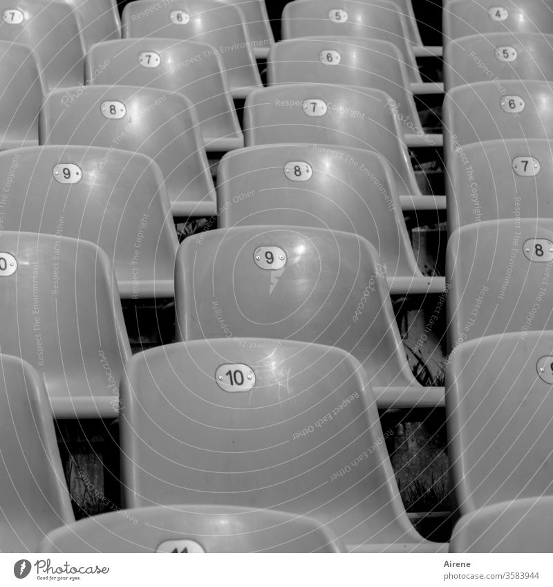 Freedom in rows Theatre Empty chairs Seating capacity Audience interdiction performance Opera Concert series Chair rows Gray Rank staggered sight unmanned