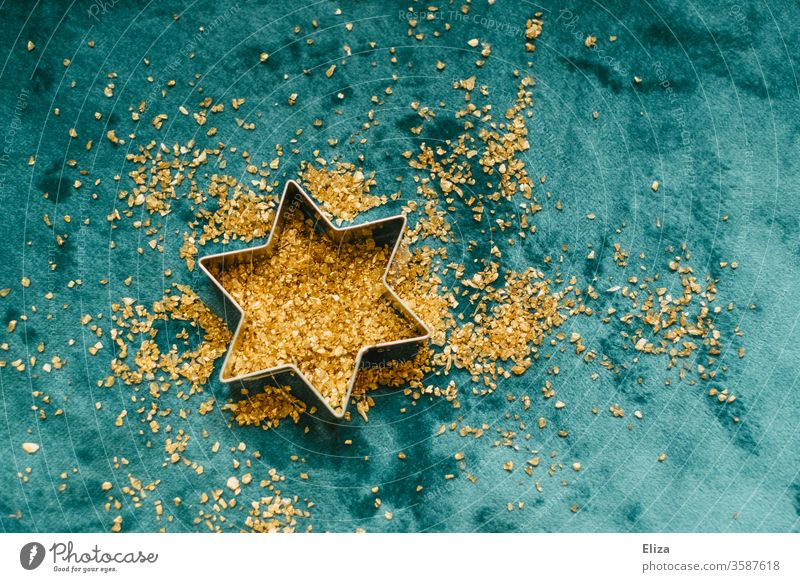 Cookie cutter star with golden glitter. Christmas and Advent. Stars cookie cutter Blue Gold Festive Christmas star bake cookies Christmas & Advent Star (Symbol)