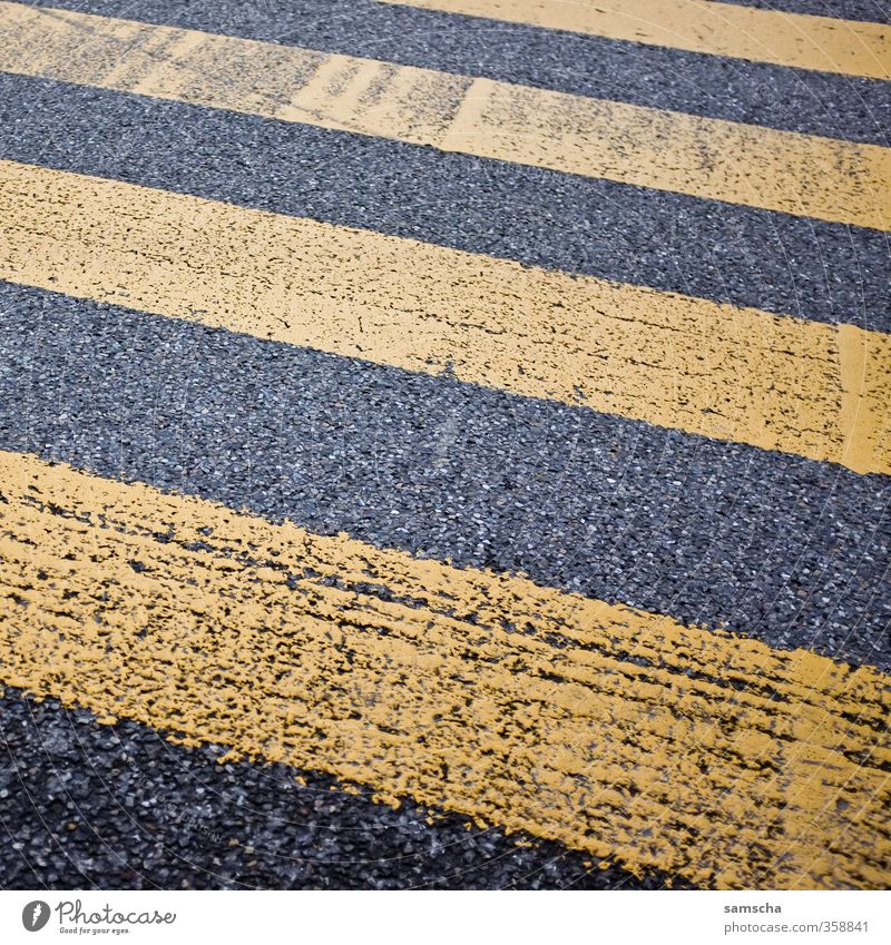 City Black Yellow Street Lanes & trails Going City life Transport Floor covering Traffic infrastructure Pavement Downtown Striped Passenger traffic Pedestrian Crossroads