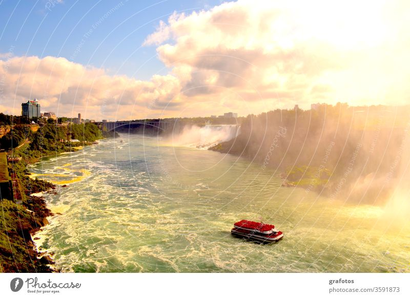 Niagara Falls And The Red Point White crest Waterfall Waterfalls Canada USA Canyon River ship Tourists Tourism Tourist Attraction Border bridge stunning