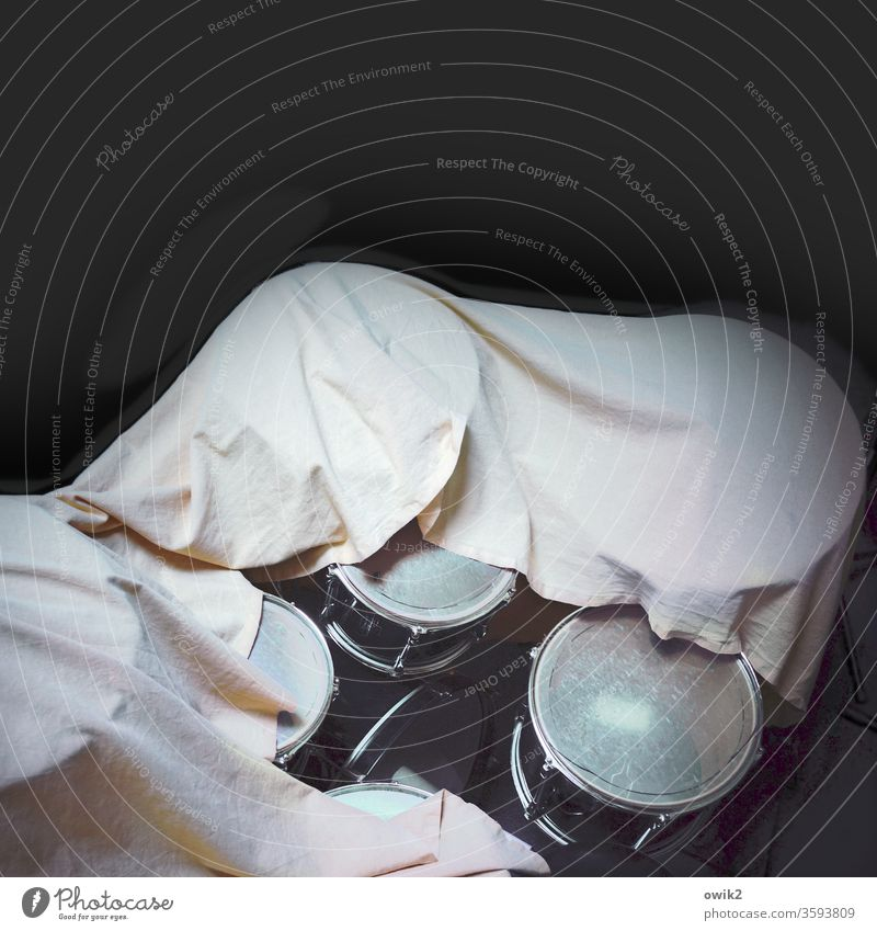 Around it Musical instrument covered Drum set Snare Tom Tom Basin Deserted Detail Rhythm Colour photo Break Interior shot Art Long shot Contrast Shadow