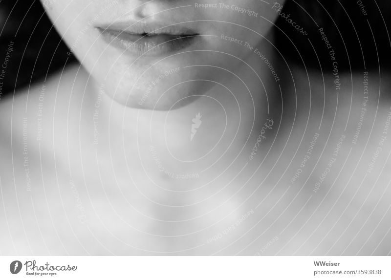 Sensual lips Mouth Lips Woman Naked Shoulders décolleté Chin Face Mysterious Black & white photo Skin already Feminine Young woman Close-up Human being sensual
