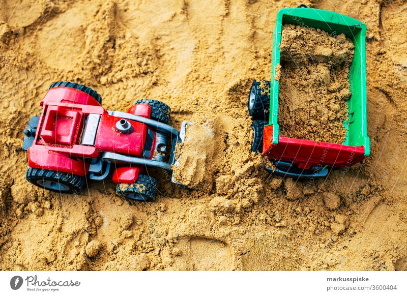 Children's toys in the sandbox Sandpit Toys Vehicle Tractor Miniature Agriculture Dumper plastic plastic toy Kindergarten Playing