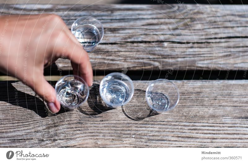 AST6 Inntal. Take it. [200] Alcoholic drinks Spirits Glass Feasts & Celebrations Jubilee Hand Fingers 1 Human being Wood To enjoy Drinking Fluid Fresh Good Wet