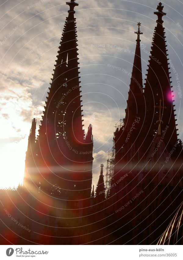 Cologne Cathedral Gothic period Building House of worship Dome Sun Architecture