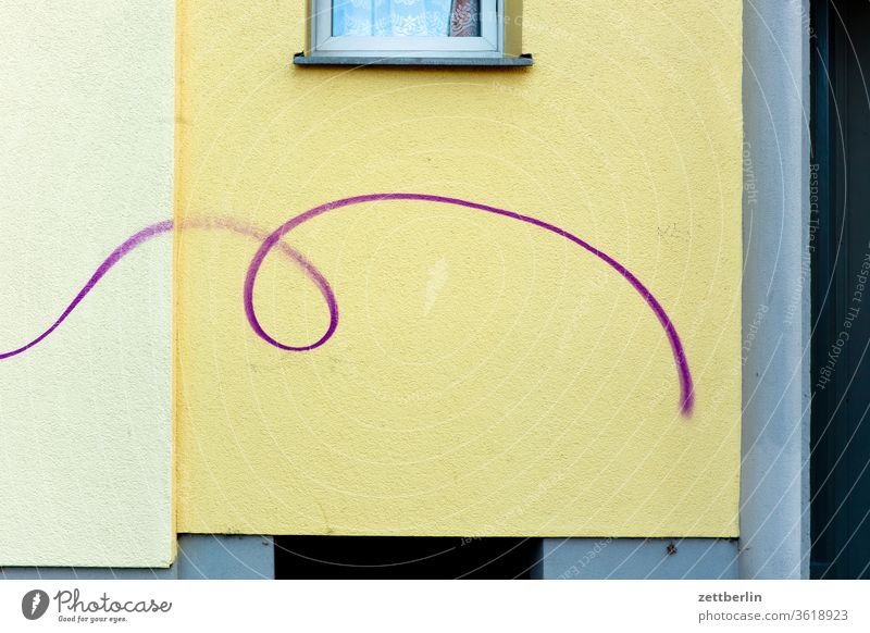 curlicue Old building on the outside Berlin Fire wall colour spray Facade Window House (Residential Structure) rear building Backyard Courtyard