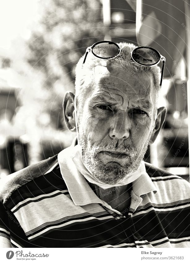 People among us - Willy Senior citizen Grandfather 60 years and older Exterior shot Adults Human being Masculine Black & white photo