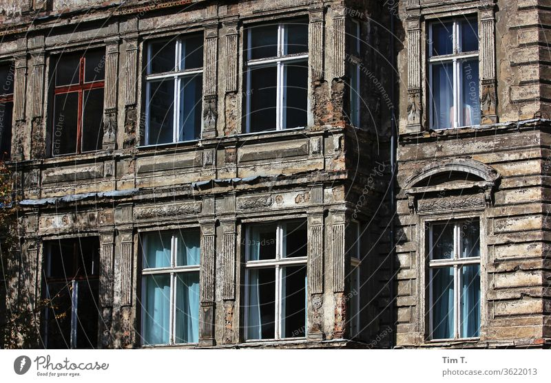 Berlin Mitte Old Building Old building House (Residential Structure) Window Town Facade Capital city Day Downtown Old town Colour photo Prenzlauer Berg
