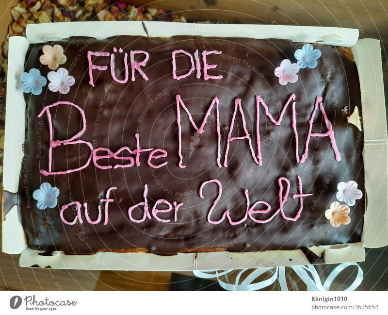 Delicious chocolate cake for Mother's Day Chocolate Cake Gift Love Daughter Son children luck