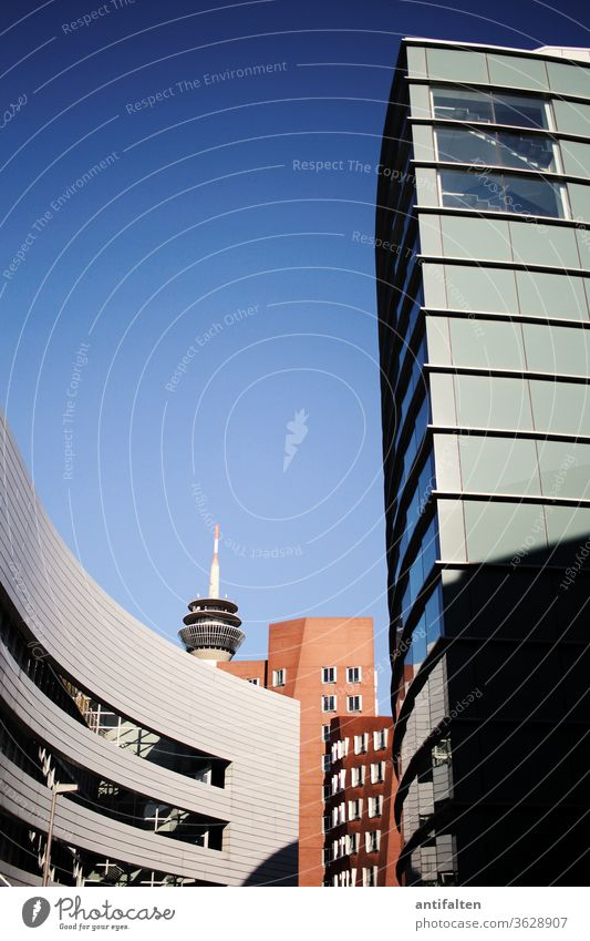 Media Port Düsseldorf High-rise Television tower Rheinturm Dusseldorf Town Architecture Skyline Exterior shot Tourist Attraction Deserted Landmark Colour photo