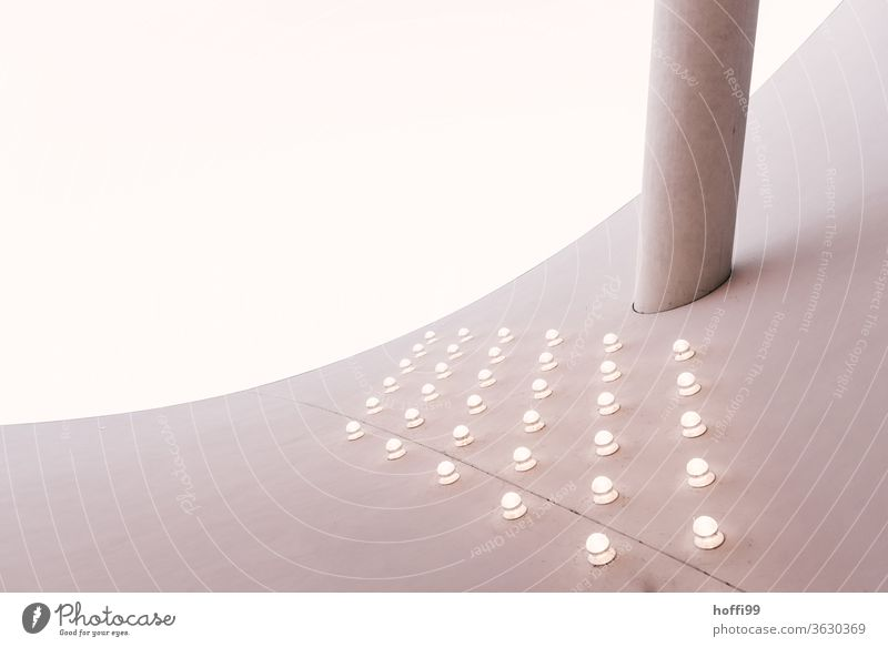 illuminated arch support - only the other way round Curve Facade Concrete wall Wall (building) Architecture abstract Modern architecture Embedded Lampshade
