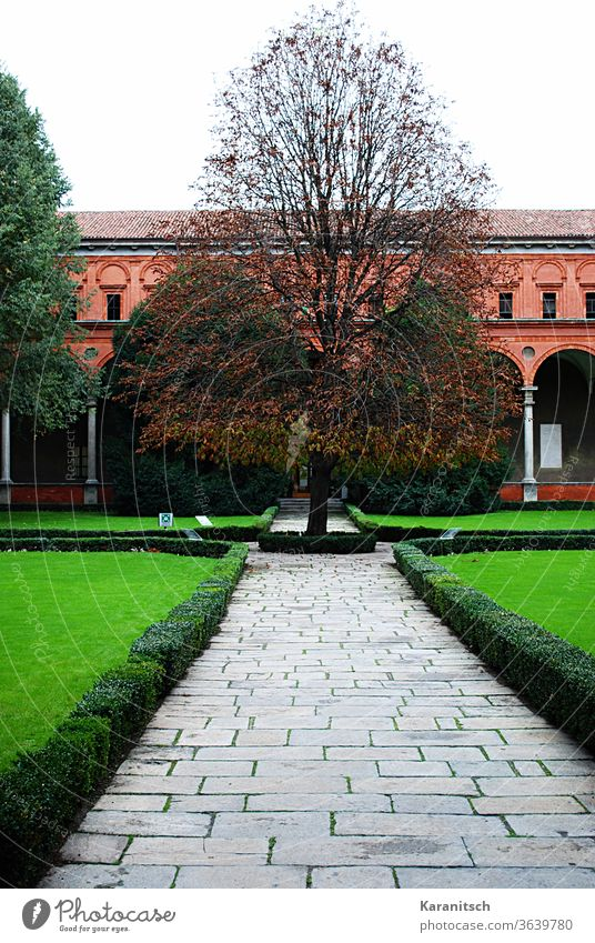 A brick house in Milan with green front garden. Brick-built house Italy Europe House (Residential Structure) Architecture Manmade structures Old Town at home