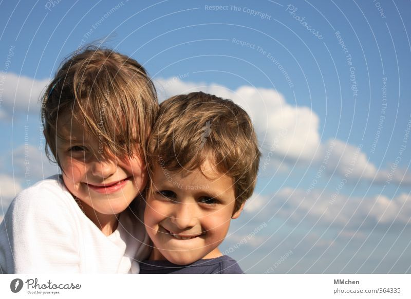 Human being Child Sky Girl Clouds Emotions Laughter Boy (child) Happy Couple Friendship Together Infancy Authentic Beautiful weather Smiling