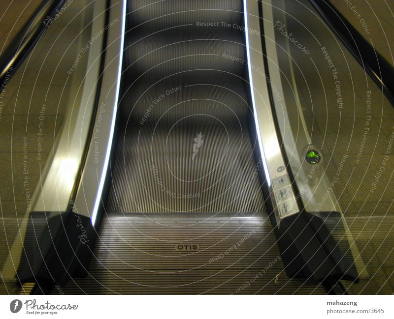 escalator_3 Escalator Frontal Electrical equipment Technology