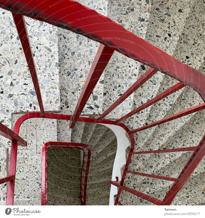 staircase Stairs Handrail Architecture Staircase (Hallway) Upward Banister Downward Descent Go up Landing House (Residential Structure) Deserted
