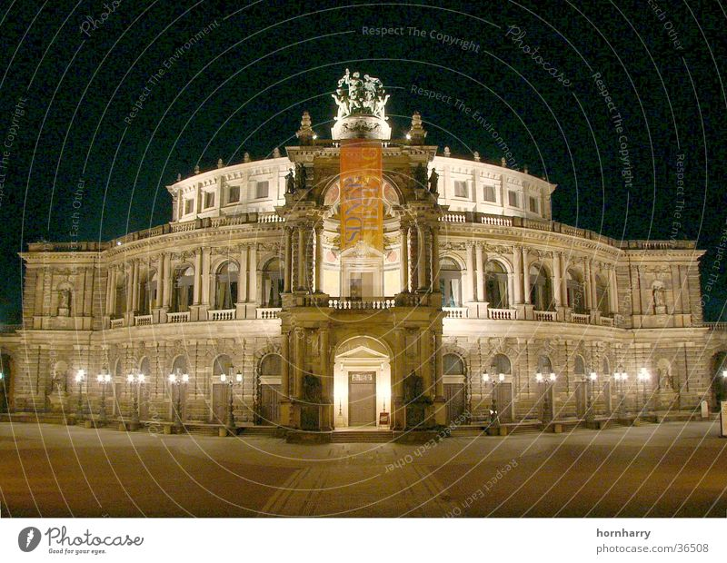 Night Music Moody Lighting Berlin Dresden Beer Concert Entrance Opera Brewery Semper Opera Brandenburg Gate