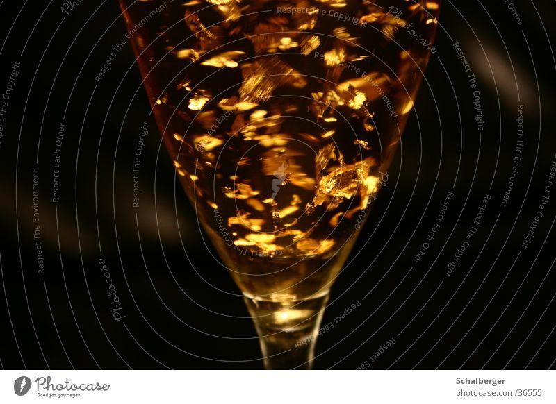 Black Glass Gold Beverage Alcoholic drinks Cocktail Sparkling wine Decadence