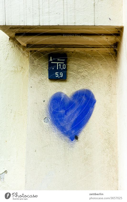 Blue heart emotion sensation Heart Love Declaration of love painting Pictogram poetry mural painting Affection