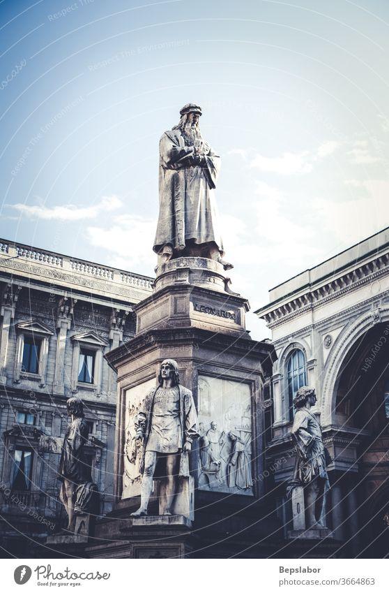 View of the Monument dedicated to the genious Leonardo da Vinci the famous Italian artist, scientist and inventor of the Renaissance, Milan Teatro alla Scala