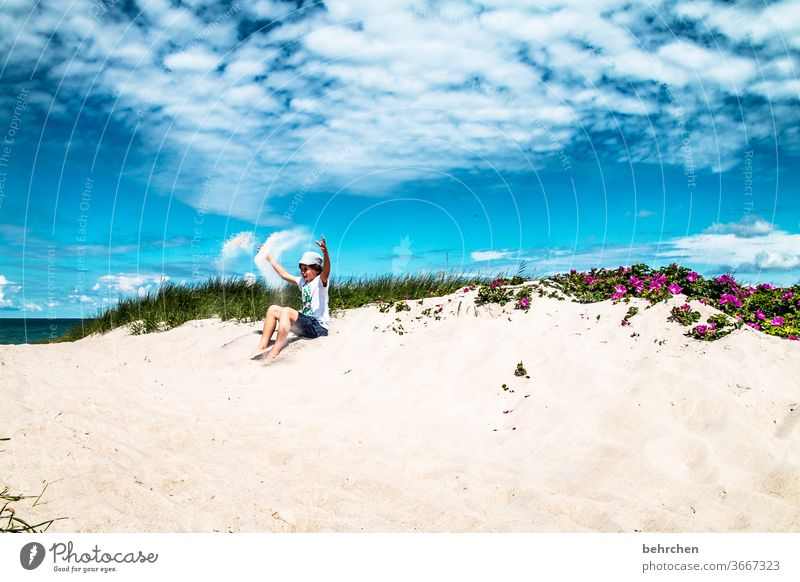 sandman Happiness Romp Playing Contentment fortunate luck Germany Mecklenburg-Western Pomerania Baltic coast Tourism Relaxation fischland-darß Summer muck about
