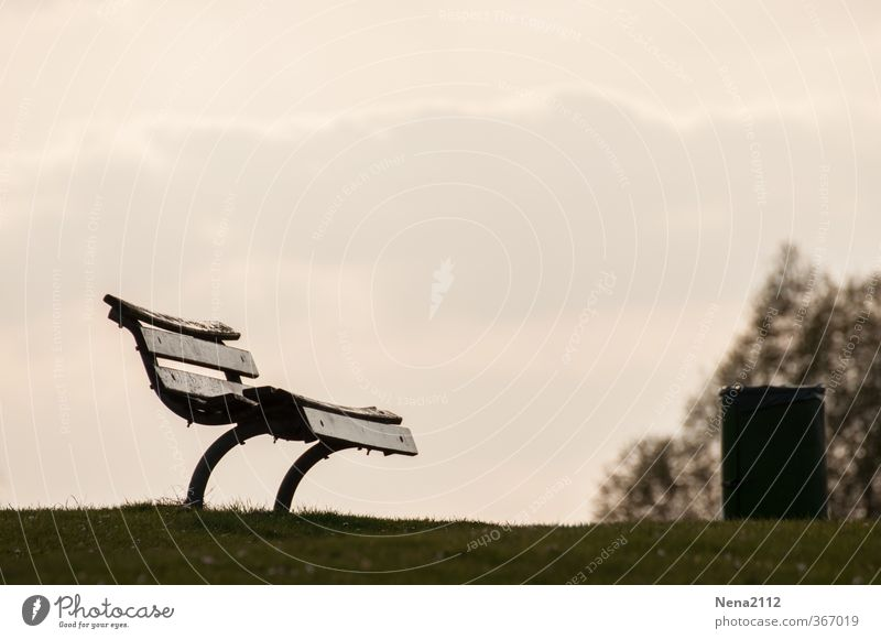 Have a Break Wood Relaxation Bench Trash container Seating Wooden bench Recreation area Clean Fatigue Old Sit Stop Observe Black & white photo Exterior shot