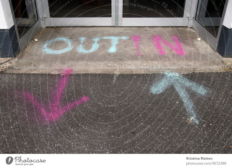 out and in Entrance Way out Pure Arrow arrow door Direction Ground spray paint Right Left Road marking Groundbreaking running direction Orientation Clue Sign