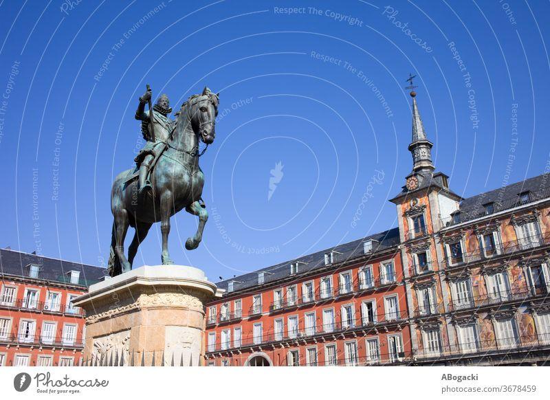 Statue of King Philip III at Plaza Mayor in Madrid Spain madrid spain landmark statue historic equestrian bronze plaza mayor old spanish culture heritage europe