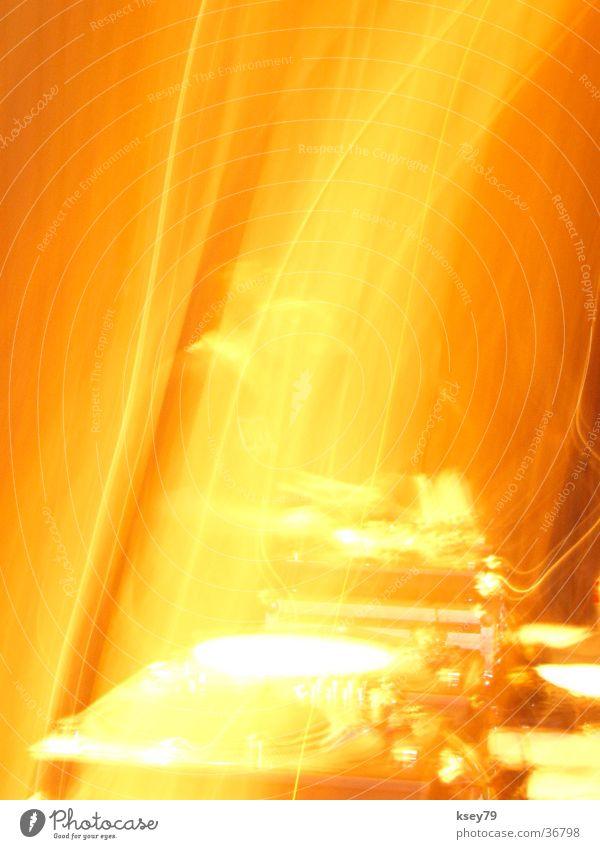 Turns on Fire Hot Disc jockey Recitative Hip-hop Party Long exposure turntables Blaze jam