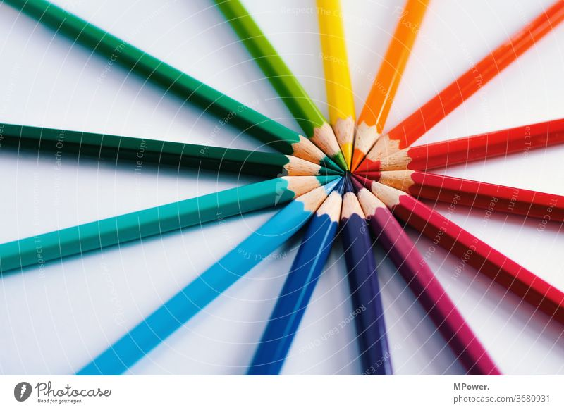 crayons pens colourful colors Colour scale Colour ring Pointed circularly Multicoloured Draw Pen Stationery Painting (action, artwork) Crayon Art School Infancy
