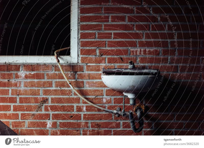 Washbasin and window Sink Window Wall (building) Tap Old Interior shot Deserted Dirty Decline Transience Detail Wall (barrier) Broken Colour photo Past built
