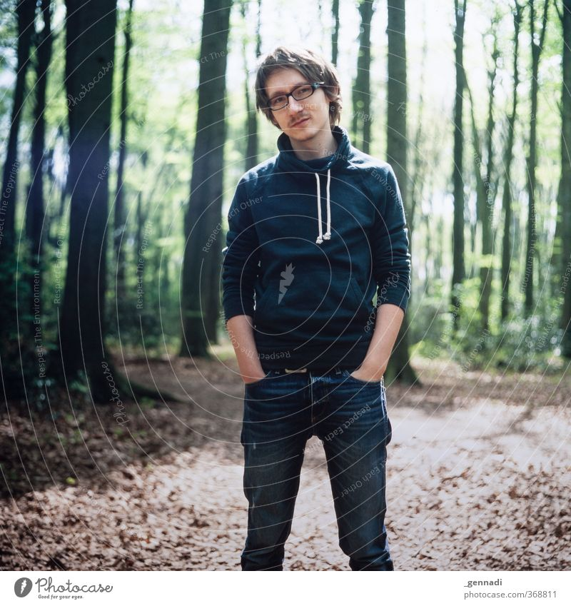Arrrrhhhh ;-) Leisure and hobbies Human being Masculine Young man Youth (Young adults) Man Adults Body 1 18 - 30 years Fashion Clothing Eyeglasses Brunette