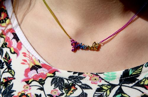 friendship Chain Jewellery Neck Necklace Skin variegated teenager girl Girlish youthful Lifestyle Yellow pink Close-up Detail Accessory Youth culture